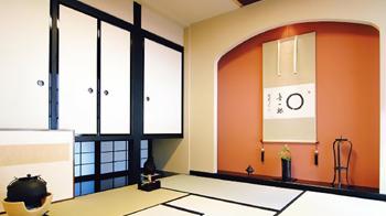 増築した和室は広々としていて、とても四畳半とは思えません。